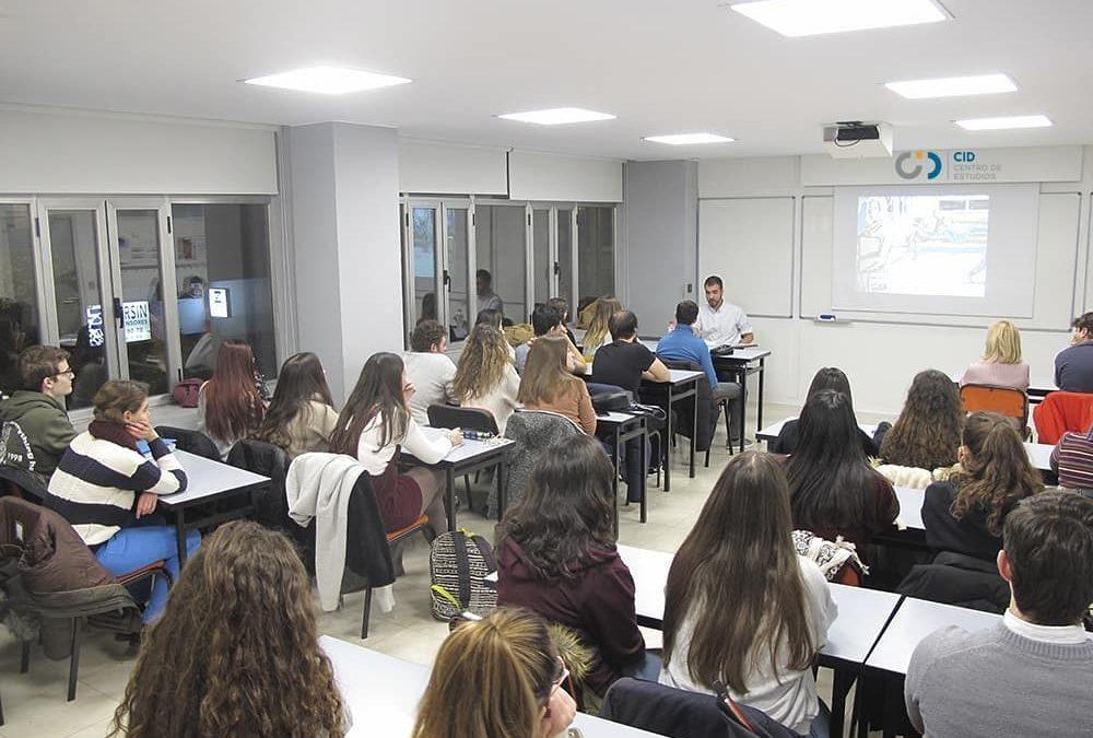 Charla de Martín Pelayo en Centro de Estudios CID
